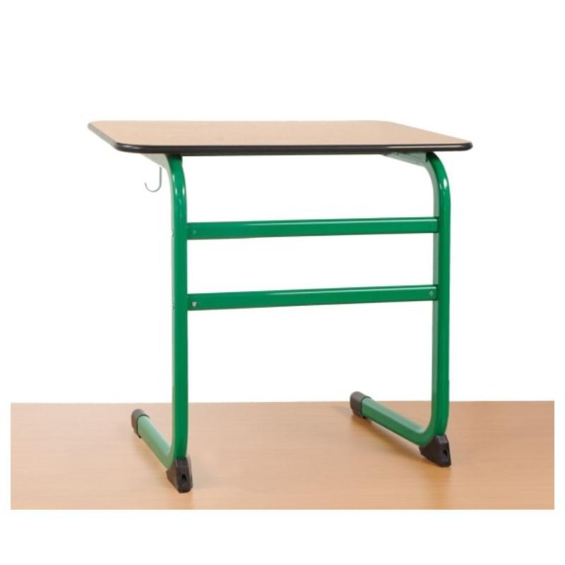 školské lavice